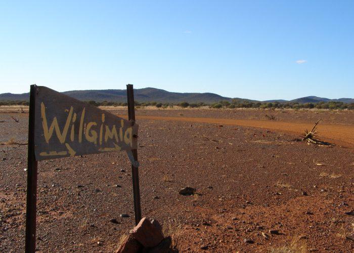 Wilgie Mia Signpost